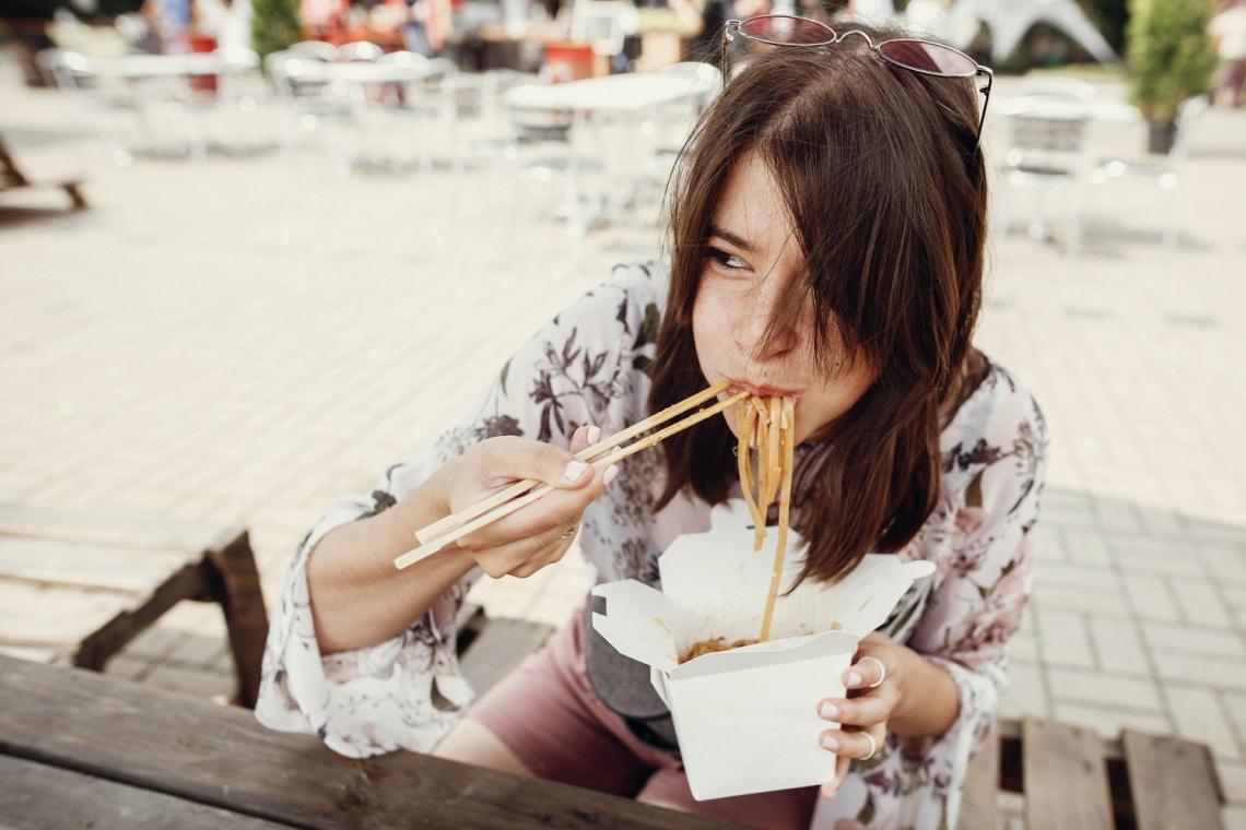 5 biztos jel, hogy többet eszel a kelleténél – Még ma változtass!