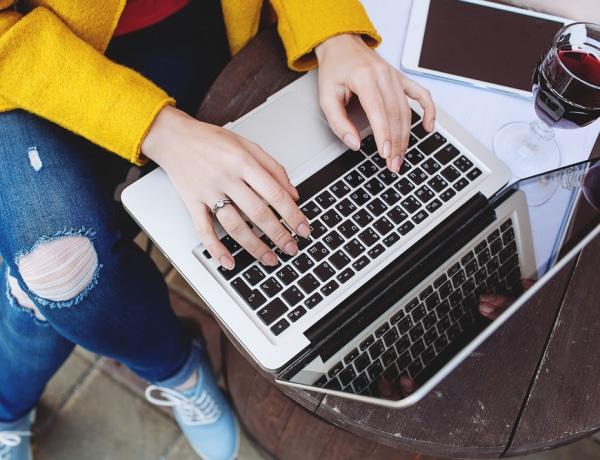 5 dolog, amit az online ismerkedésből tanulhatsz meg