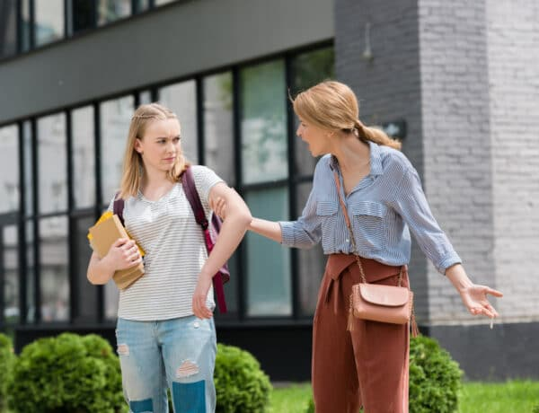 5 dolog, amit semmiképp se csinálj, ha tinédzser gyereked van