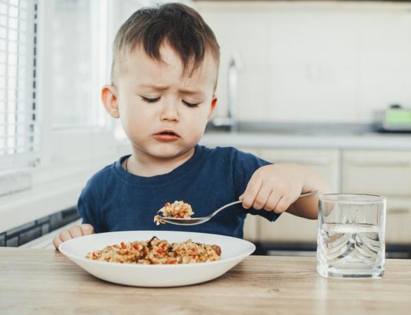 5 módszer, amivel a válogatós gyereket evésre ösztönözheted