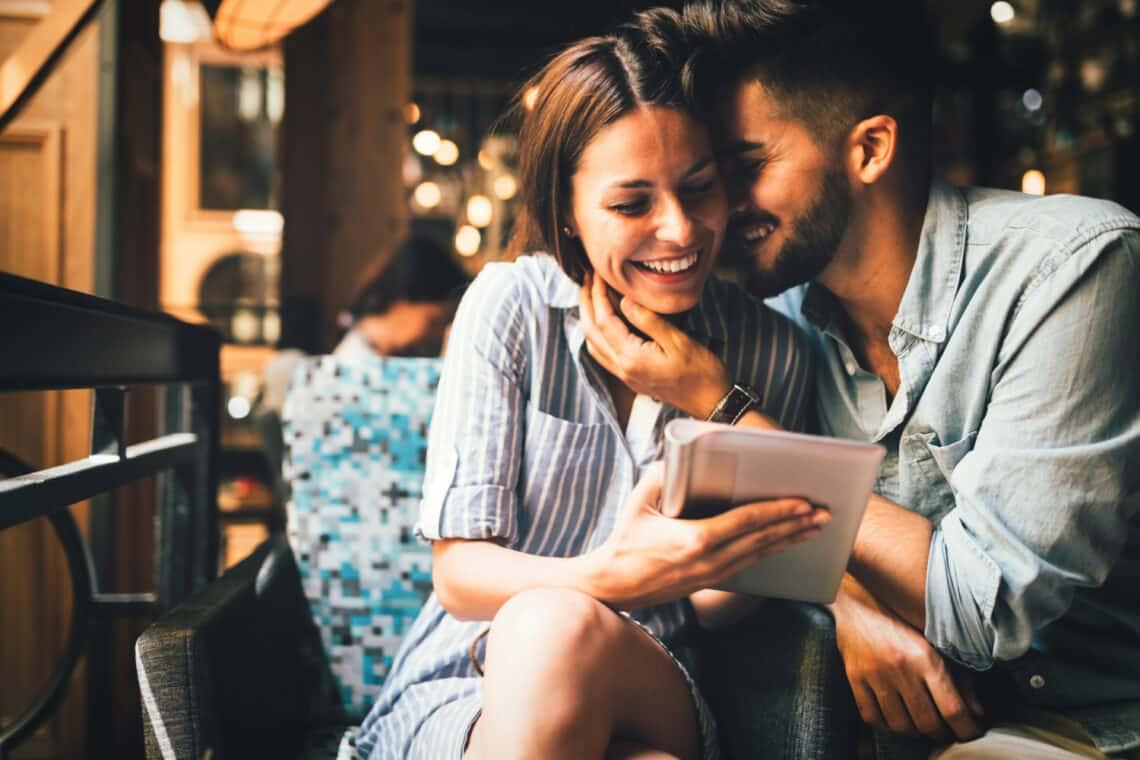 5 ma már régiesnek számító randiszokás, ami igazán visszajöhetne a divatba