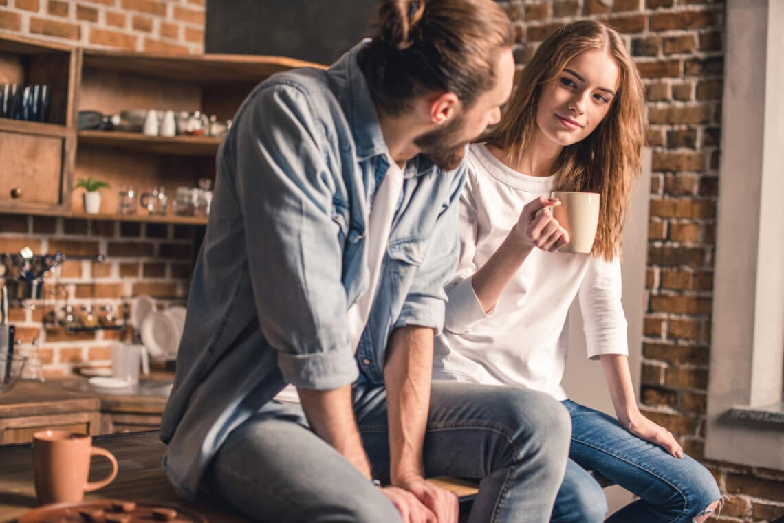 5 ok, amiért vonzódsz a férfiakhoz, akikkel sok időt töltesz együtt