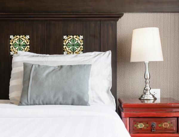 5+1 stílusos megoldás, ha a nappaliból kell leválasztanod a hálószobádat