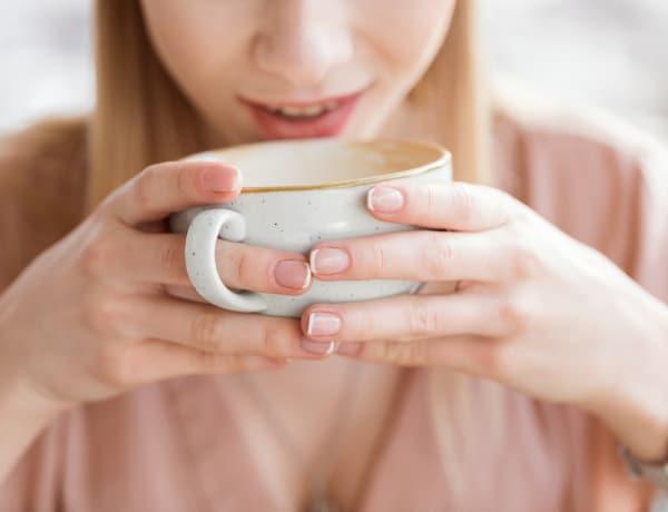 6 testi jel, hogy túlzásba estél a kávéfogyasztással