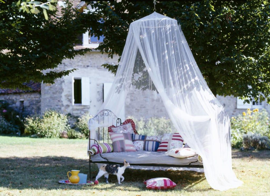 7 romantikus szúnyogmentes zug nyári estékre, kültérre