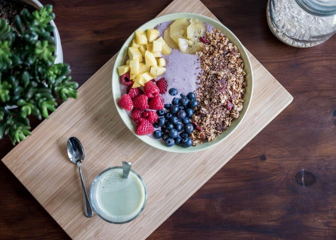 8 gyümölcs, amit fogyasztanod kell öregedés ellen