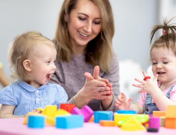 9 készségfejlesztő játék gyerekeknek, amihez semmit nem kell megvenned