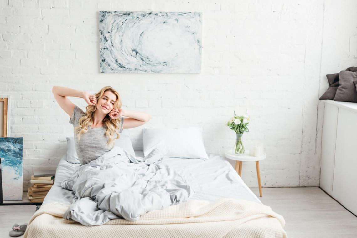 A bőröd és a hajad érdekében érdemes selyem párnahuzaton aludnod