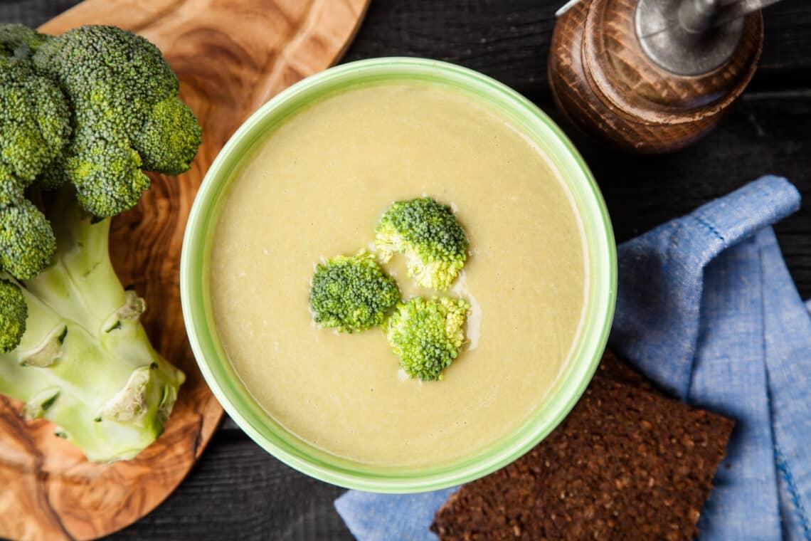 A brokkoli tényleg szuperzöldség! Ezt teszi a testeddel