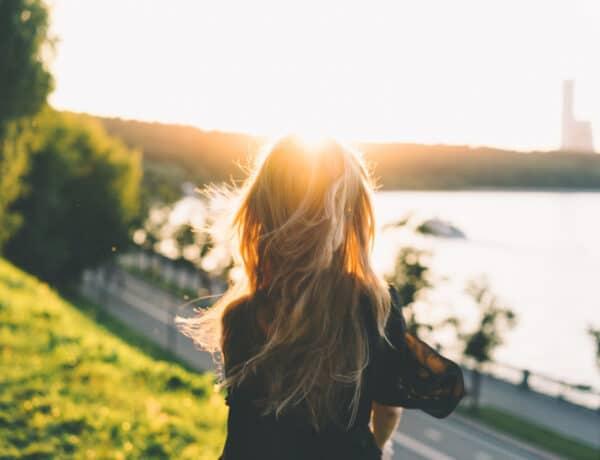 A hitrendszerek mélyen irányítják minden egyes lépésedet – de hogyan ismerheted fel őket, és miként változtathatsz rajtuk?