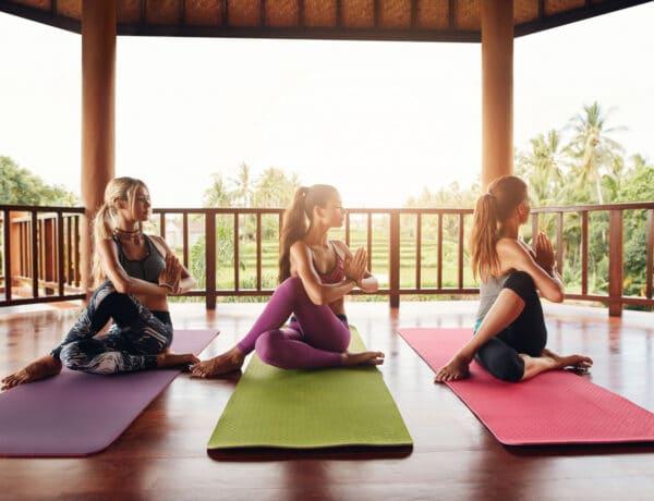 A jóga és a méregtelenítés – Légzőgyakorlatok és jógapózok a testi tisztulásért