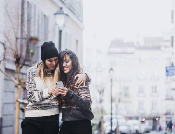 A közösségimédia-függés korunk dohányzása? Először egyiket sem találták károsnak