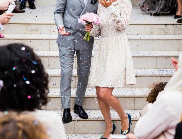 A koszorúslányok védik meg az arát a rontástól? Nagy esküvői kinek-mi-a-feladata!