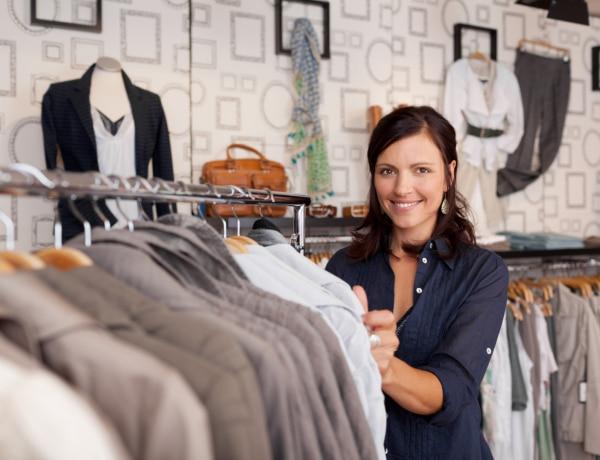 A legjobb ruhavásárok Budapesten – A designer daraboktól a használt ruhákig