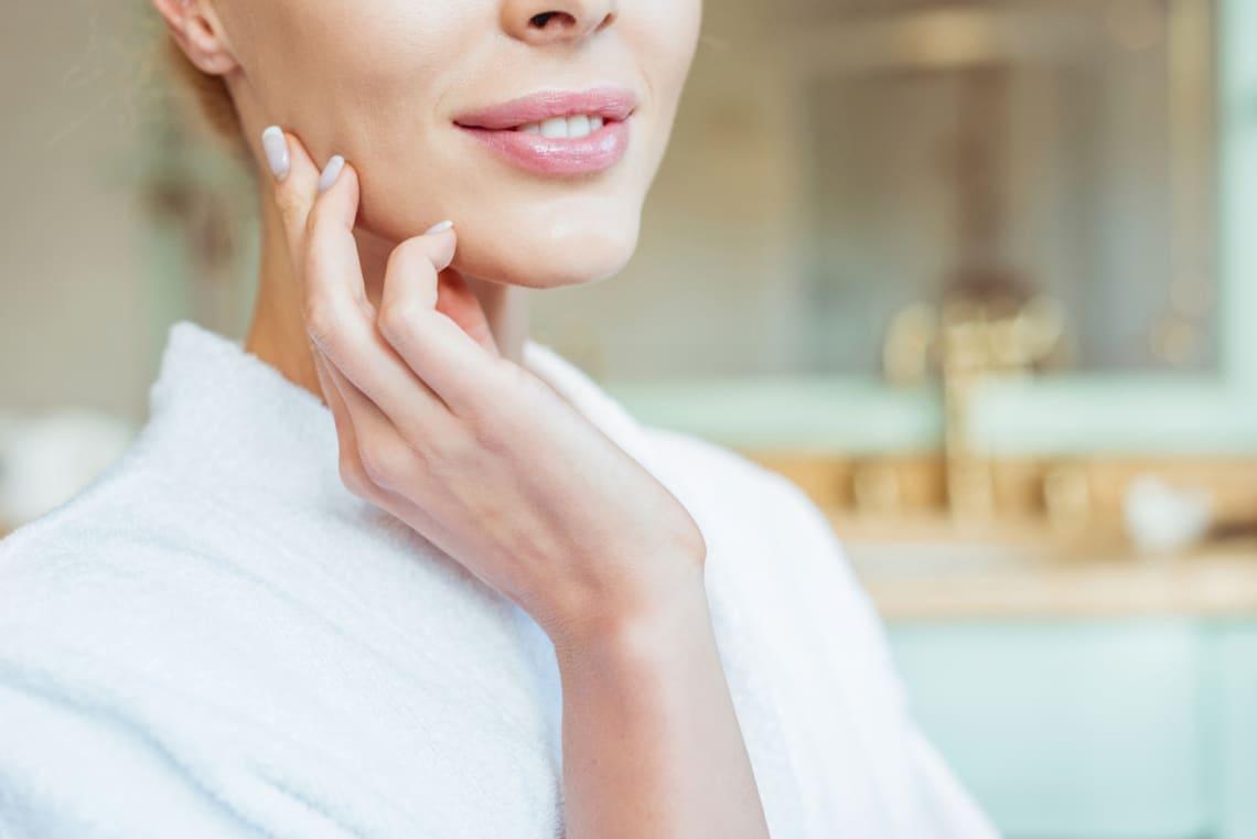 A módszer, amivel 30 másodperc alatt ragyogóan tiszta lesz az arcod