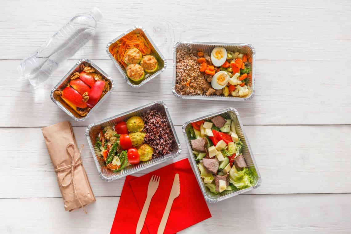 A módszer, amivel fertőtlenítheted a házhoz rendelt ételt