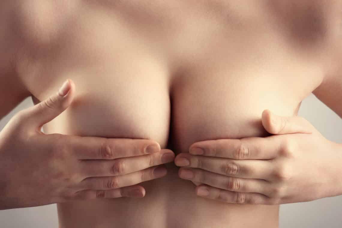 A mellrák legnagyobb rizikófaktorai – és amit tehetsz ellenük