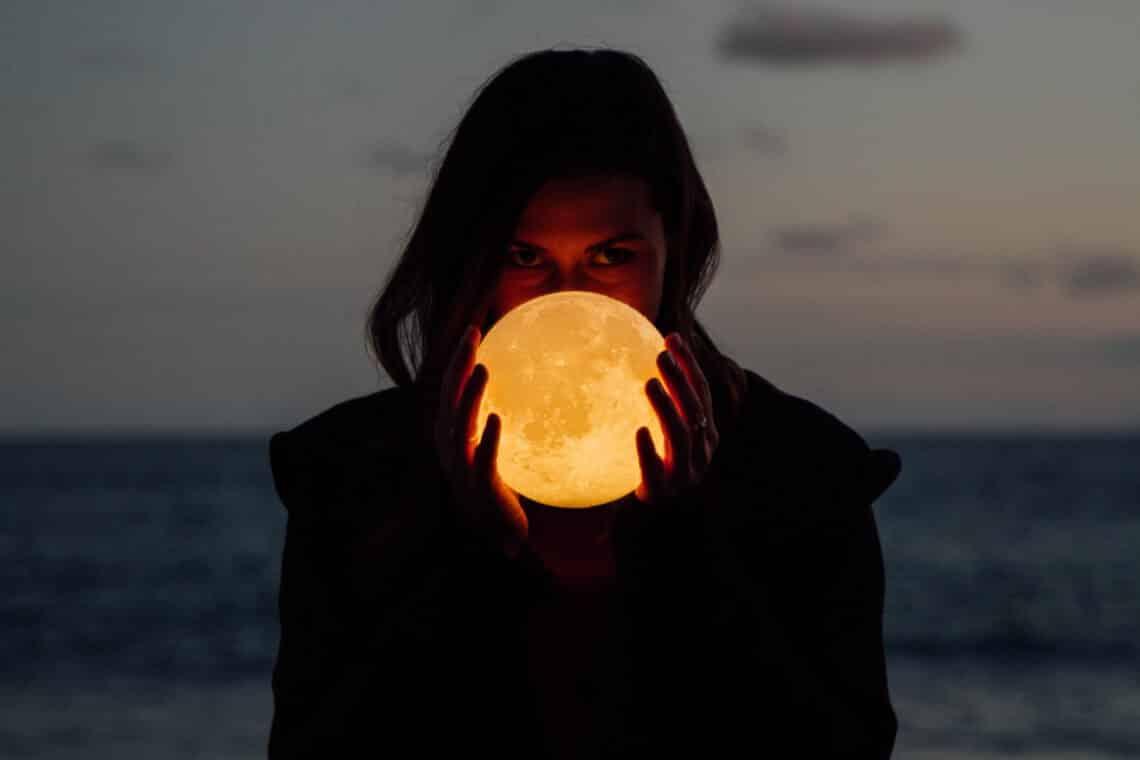 A menstruáció és a Hold ciklusának titokzatos összefüggései