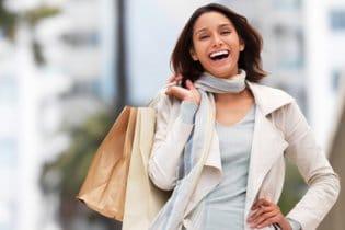 A nők életüknek 3 évét vásárlással töltik el