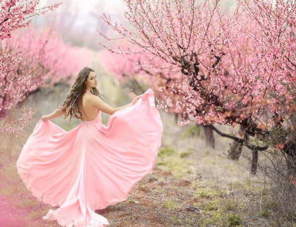 A rózsaszín szín pszichológiája – Hogyan hat az érzéseidre, kedvedre és viselkedésedre?