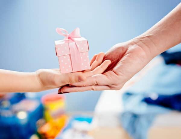 Adni jó! – Rengetegen segítenek a rászorulóknak az ünnepek előtt