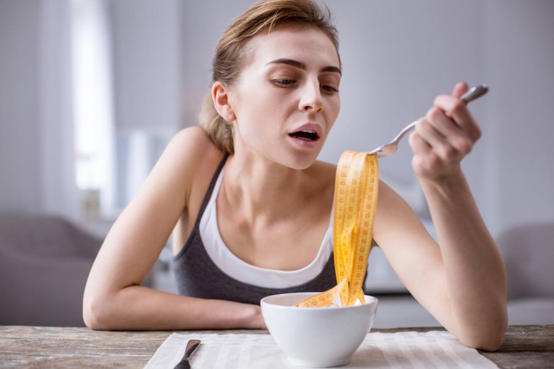 Ami a testeddel történik, ha kihagysz egy étkezést. Olvasd el, mielőtt böjtölésbe kezdesz!