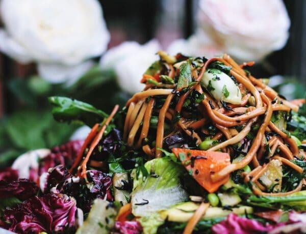 Az 5 legfinomabb tavaszi saláta, ha könnyed fogásokra vágysz