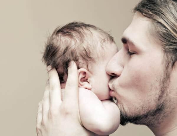 Az apákat is érintheti a szülés utáni depresszió