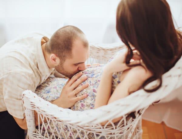 Az otthonszülés tényleg a legbiztonságosabb szülési forma? Interjú Auxner Beatrix bábával