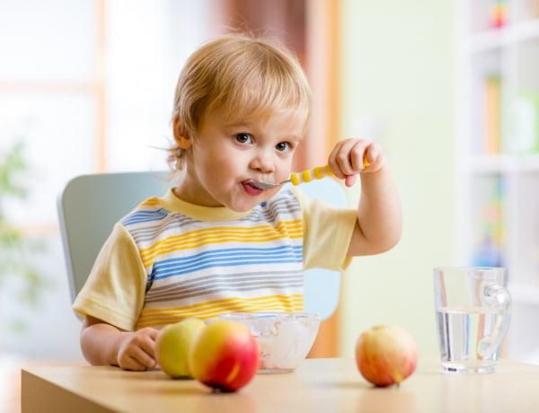 Balkezes gyereket átszoktatni? Szakértővel a balkezességről