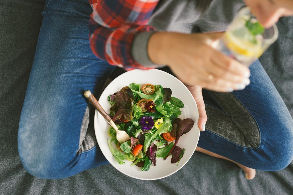 6 után nem enni? 3 szokás, amit egészségesnek hittél, pedig rettentően káros