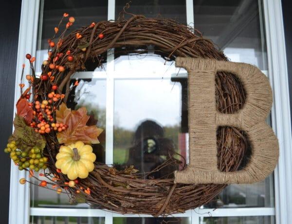 Egyszerű és gyönyörű őszi kopogtatók, amiket saját kezűleg is elkészíthetsz