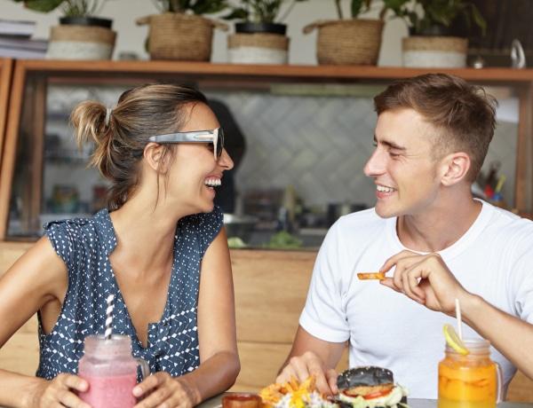 Ezért fontos, hogy nőként, párkapcsolatban élve is legyenek fiú barátaid