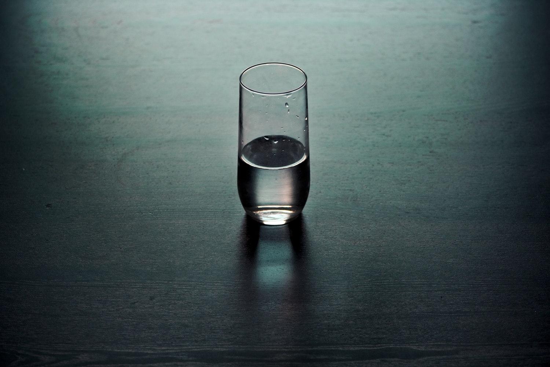 Ezért ne vegyél be soha gyógyszert víz nélkül – Nem a fulladás a legnagyobb veszély!