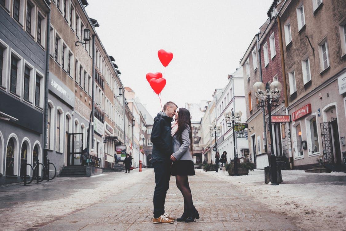 Ez az oka, hogy a vonzás törvényével nem sikerült megtalálnod a szerelmet – eddig!