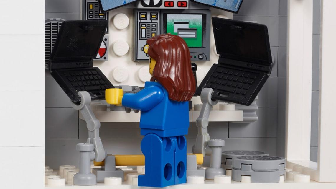 Ezentúl lesz lányos űrhajós legó is! Kislányjátékok nem csak rózsaszíngalléros foglalkozásban