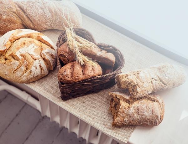 Fehér kenyér kontra teljes kiőrlésű – tényleg számít, melyiket eszed?