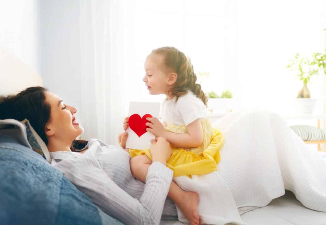 Háztartásbeli anyukának lenni a legnagyobb ajándék – A férjednek!