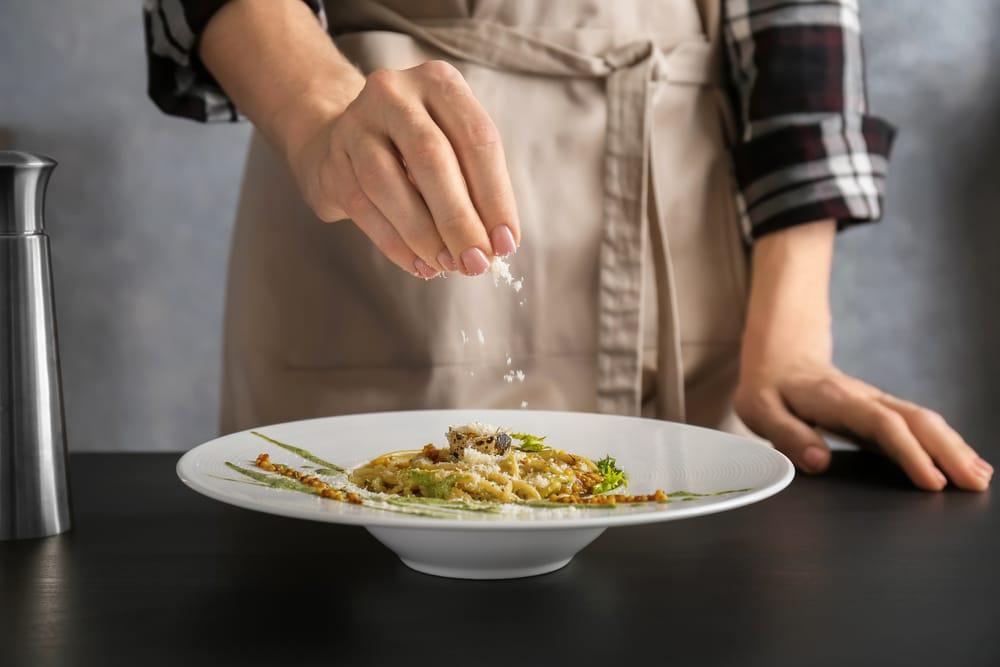 Hallottál már a sörélesztőpehelyről? Ennek a reform alapanyagnak a te konyhádban is ott a helye!