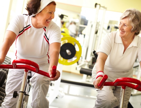 Hazánkban alig mozognak az idősek! A senior torna fantasztikus előnyei