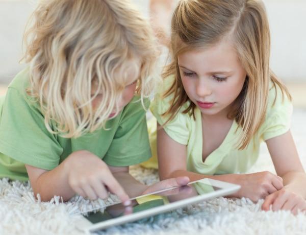 Hogy tényleg tanuljon vele! 4 hasznos fejlesztő applikáció gyerekeknek