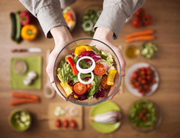 Hogyan böjtöljünk egészségesen? A szakértő válaszolt