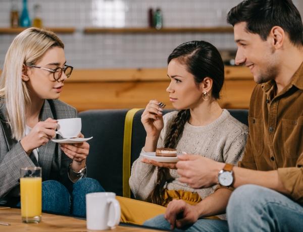 Hogyan legyél még érdekesebb beszélgetőpartner? A pszichológia segít!