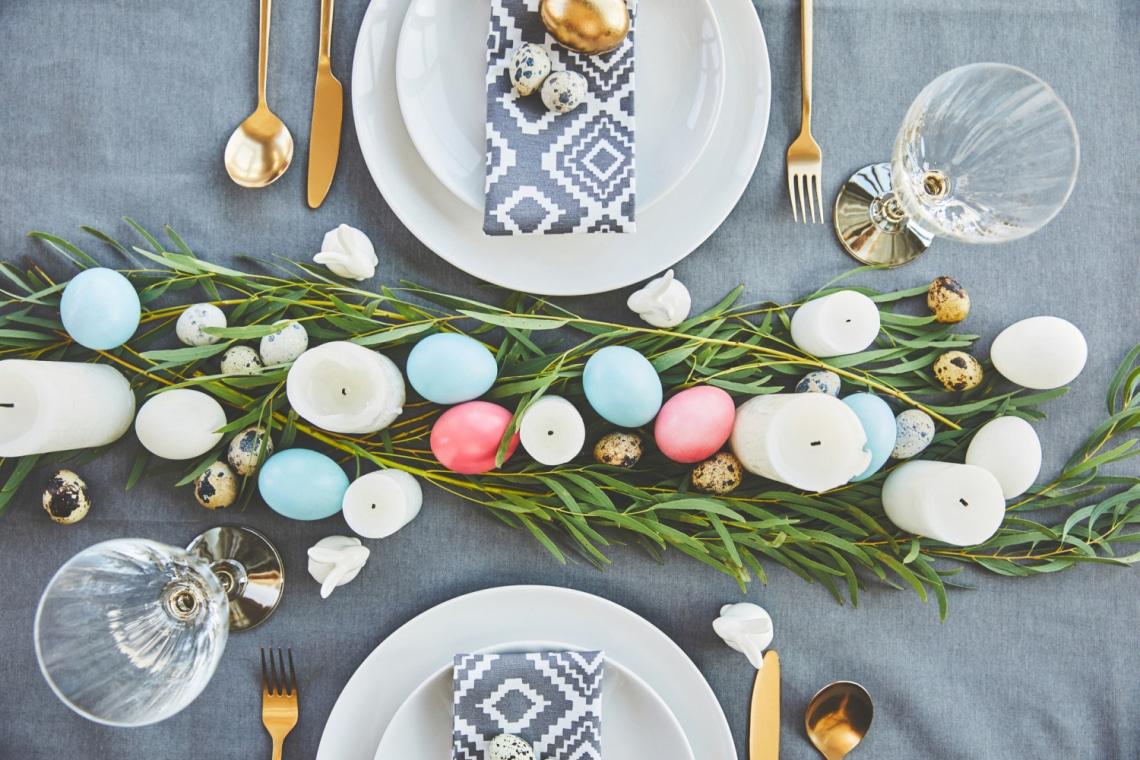 Hogyan terítsd meg a húsvéti asztalt? Elképesztően aranyos dekorációk