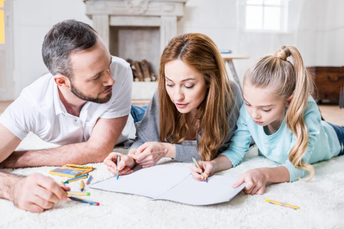 Hol vagy a rajzlapon? Lássuk, mit árul el rólad a családrajzod