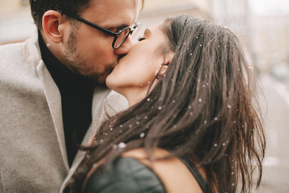 Jó ötlet hozzámenni az első szerelmedhez? Ezt mondja a pszichológus