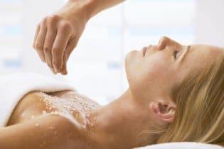 Kényeztető sóterápia a bőrödnek