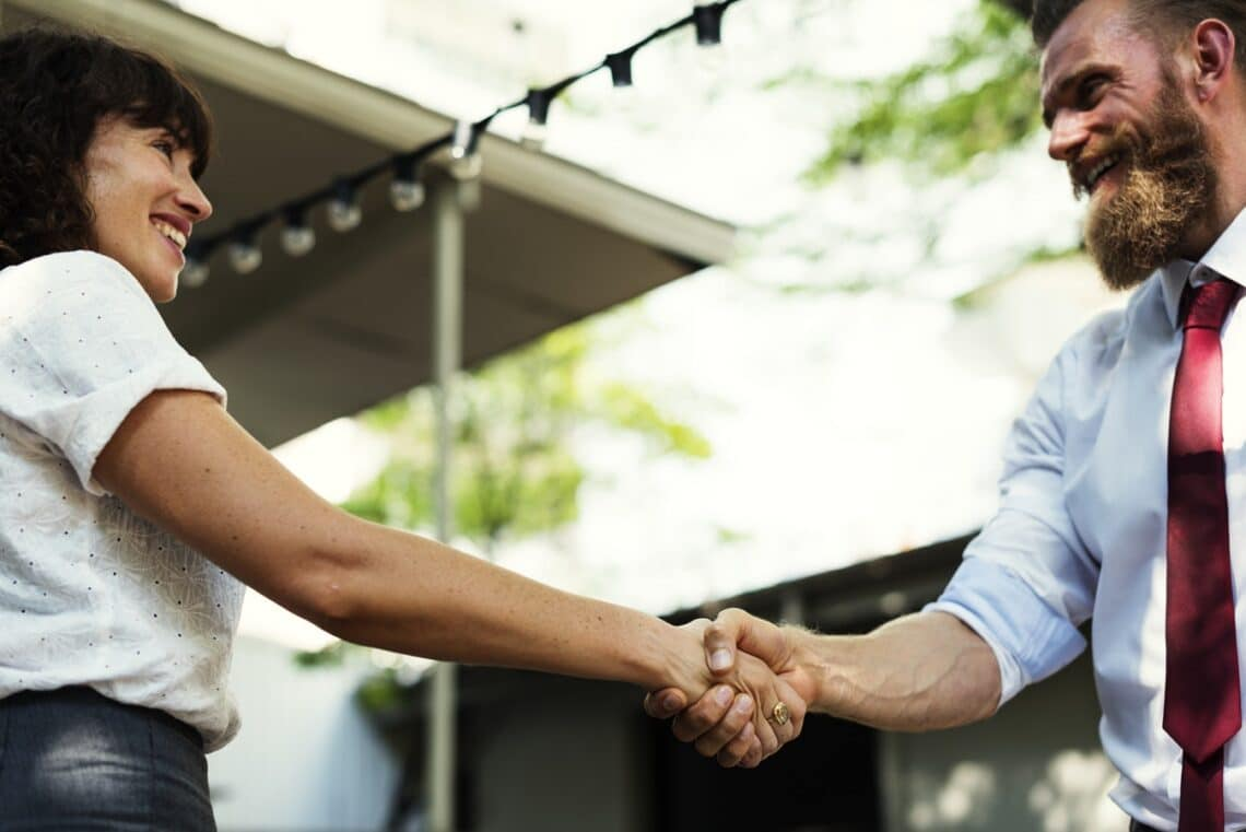 Kiderült: az emberek a találkozás első három másodpercében ezt döntik el rólad