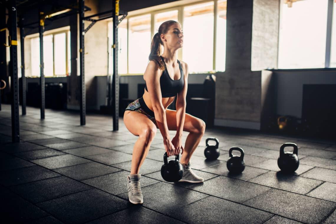 Kisebbek lesznek? Tények és tévhitek a női mellizmok edzéséről