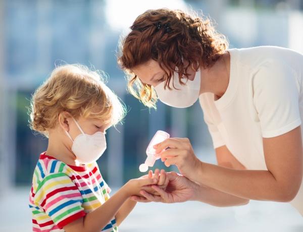 Koronavírus: A gyerekek is érzik, hogy baj van – Hasznos tippek az otthoni megküzdési stratégiákhoz